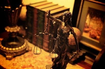 弁護の精神