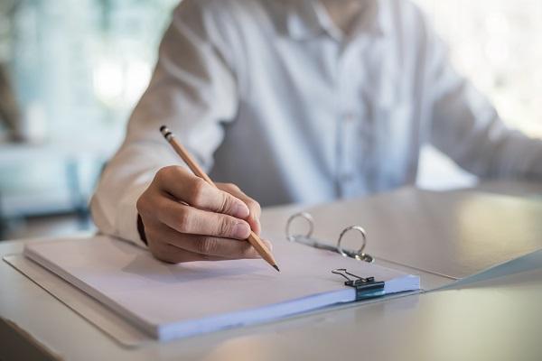 書類送検|書類送検と逮捕の違いや前科はつくのか等弁護士が解説