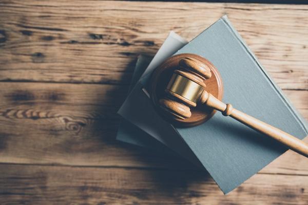 弁護士による接見(面会)は捜査防御の中心となる|弁護士が解説